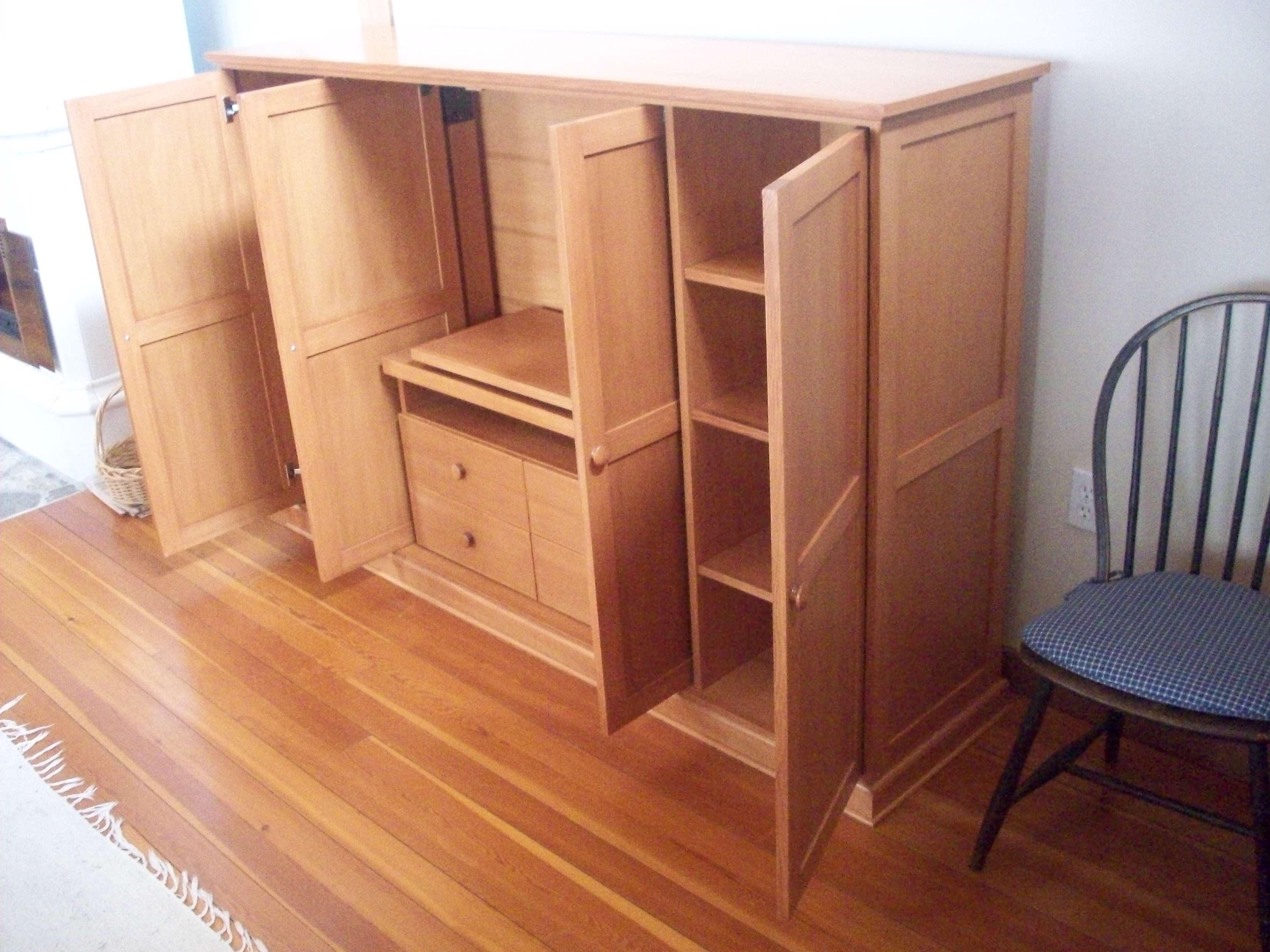 Urner Media Cabinet